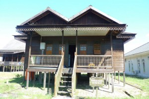 Dinas Kebudayaan dan Pariwisata (East Kutai Sangata) where the field and archaeological material is stored.